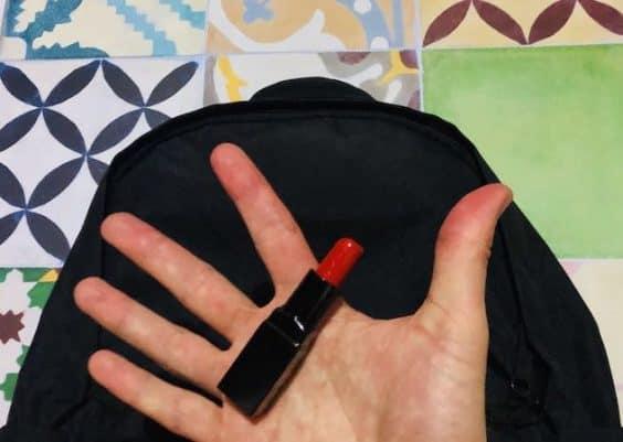 Rouge à lèvres en bagage cabine